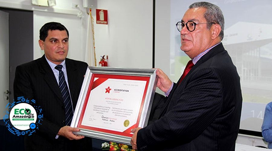Hospital General de Puyo recibe acreditación platino