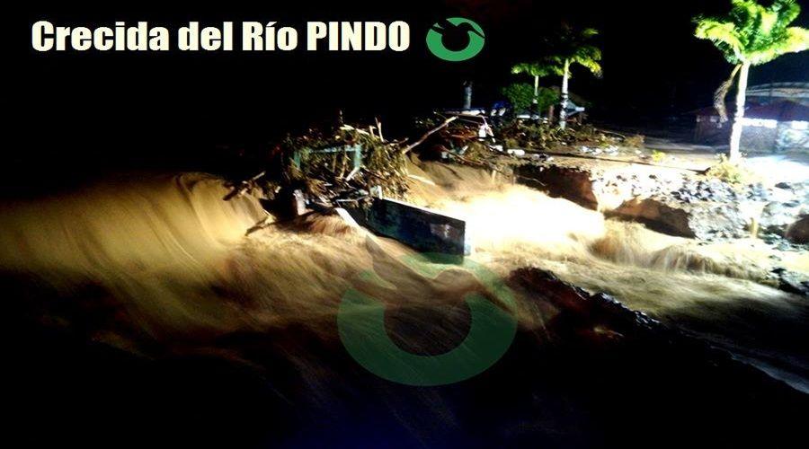 Fuertes lluvias causan desbordamiento del Río Pindo