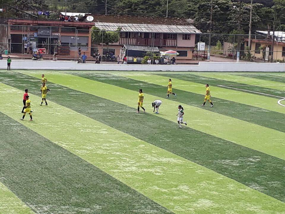 Cumanda Agua Lluvia continúa en el Campeonato de Fútbol Femenino