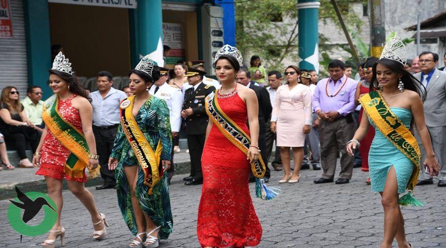 Desfile de las fiestas de Pastaza