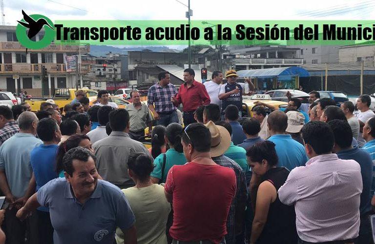 Transporte de Puyo acude al Municipio