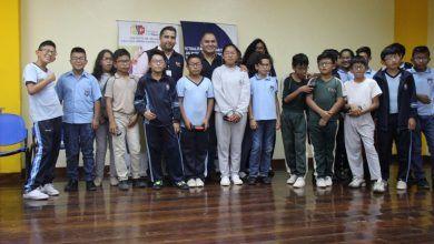 MSP entrega 190 lentes a estudiantes