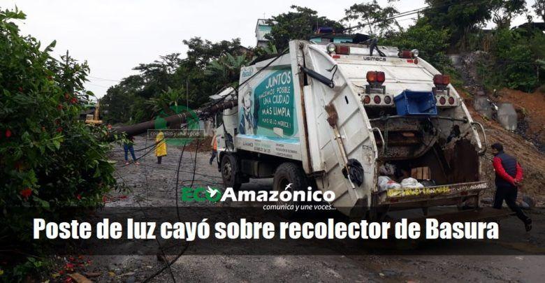 Poste de luz cayó sobre un camión recolector de Basura