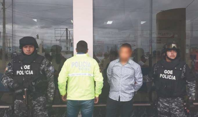 Detenido en el Terminal de Ambato por llevar 2.607 gramos de cocaína