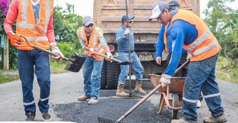 Prefectura inicia trabajos en la vía Puyo-Madre Tierra