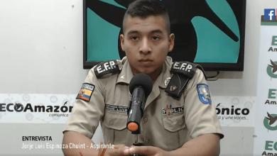 Buen gesto de alumno de la Escuela de formación de Policía de Pastaza