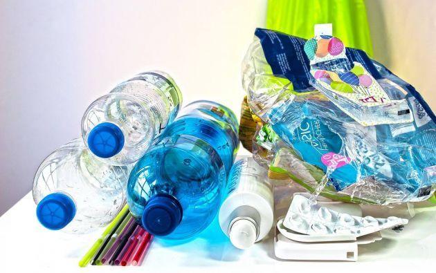 Inicia campaña bájale al plástico para reducir consumo de botellas