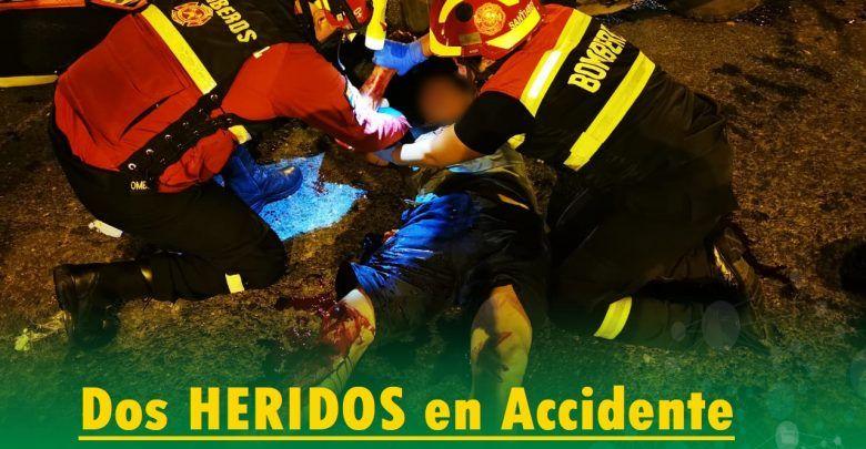 Accidente deja dos heridos en los semáforos del Barrio la Merced