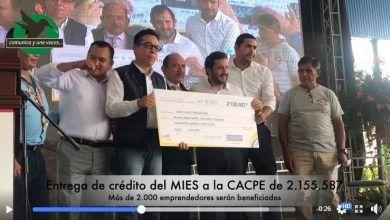 Entrega de crédito del MIES a la CACPE