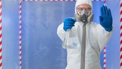 En Puyo se elaboran trajes de bioseguridad y mascarillas