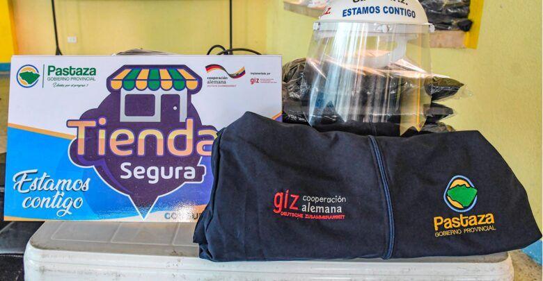 Se entregó kits de protección a varias tiendas de Pastaza