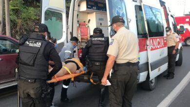 Dos personas con fuertes heridas deja un accidente de transito en la vía Macas