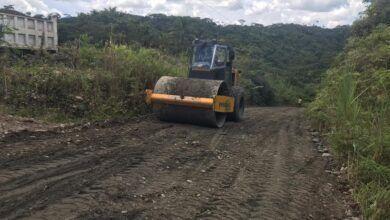 Municipio realiza relastre de la vía en Vista Hermosa