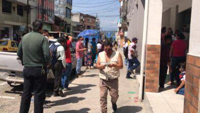 Quejas por largas filas en BAN-ECUADOR en Puyo