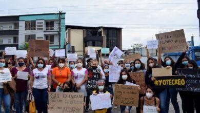 Estudiantes rompieron el silencio para denunciar el acoso sexual de su profesor en el Puyo, Pastaza
