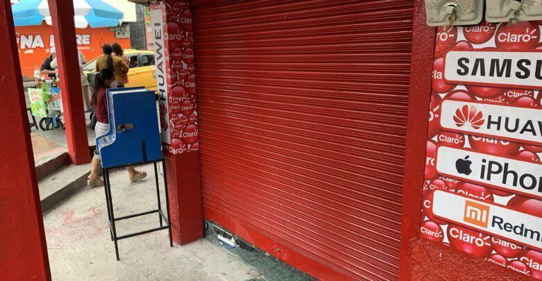 Roban local comercial en el centro de Puyo