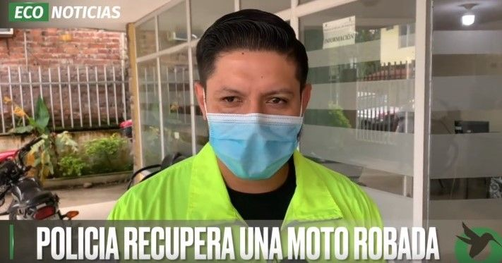 POLICIA RECUPERA UNA MOTO ROBADA
