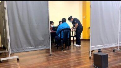 Vacunación en el Centro de Difusión Cultural a los taxistas de Pastaza